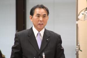予算特別委員会 自民党が修正案提出