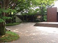 県立歴史と民俗の博物館を視察