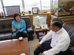 越谷市長と懇談ー金子県議