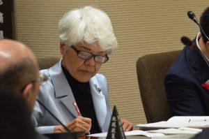 決算特別委員会4日目、環境部と県民生活部の審議が行われる