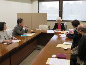 朝鮮学校への補助金支給再開求める「有志の会」と懇談