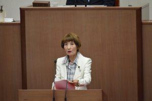 柳下礼子県議が平成29年度決算に反対討論
