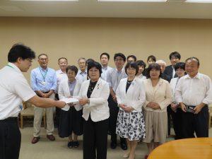 少人数学級の早期実現など県教委に要請 金子県議と地元議員団