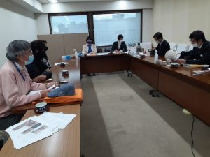 児童養護施設での虐待体験語る青年ー施設内虐待を許さない会が県に通告